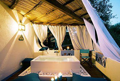 Hotel Su Gologone in Nuoro ist ein Luxushotel welches Wert legt auf ausgezeichnete Gastfreundschaft und die Seele Sardiniens vorstellt. www.sardinien-spezialist.de