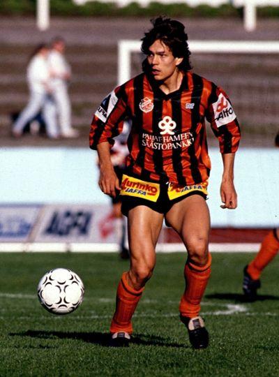 Jari Litmanen, Reipas Lahti (1987–1990, 86 apps, 28 goals), 1990