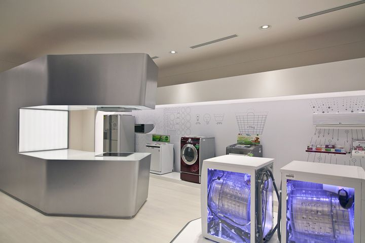 Storeage creates LG retail experience store in Singapore electronics
