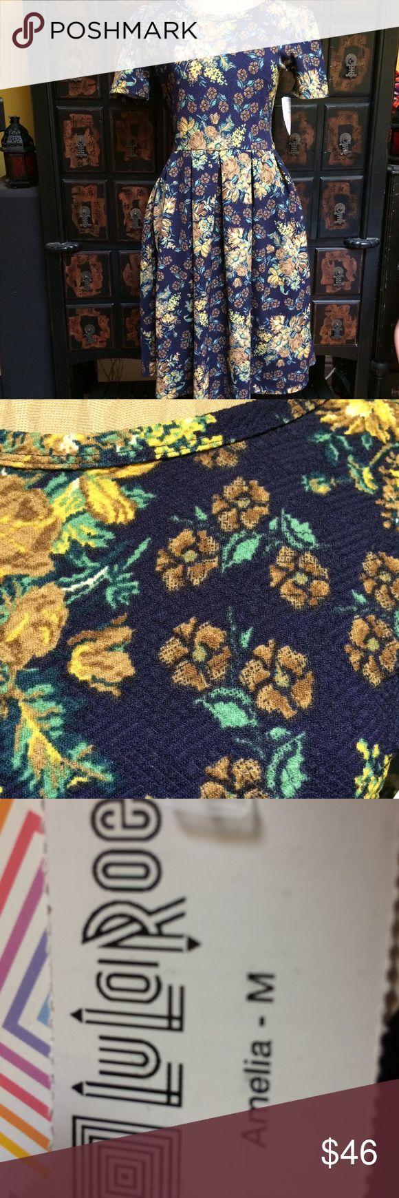 Very pretty floral Lularoe Amelia dress Pretty, pretty, pretty Lularoe Amelia dress LuLaRoe Dresses Midi