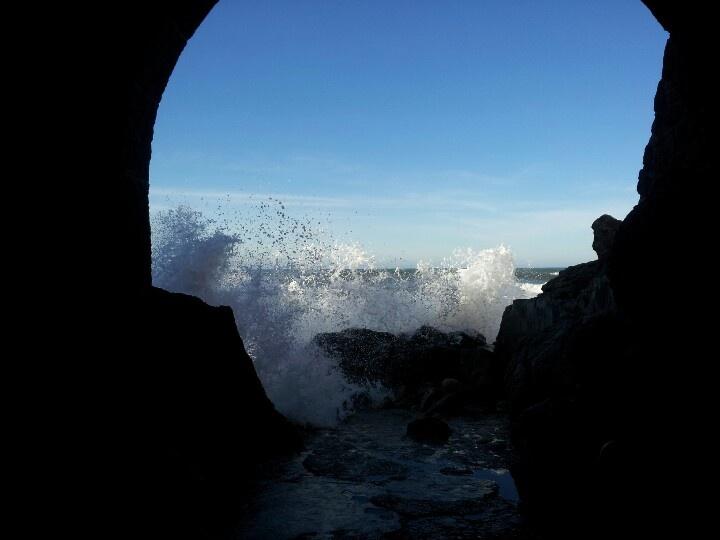 Crashing waves, sao martinho do porto,portugal