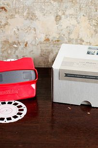 Viewmaster Invitation | 16 Alternative Wedding Invitations And Save The Dates