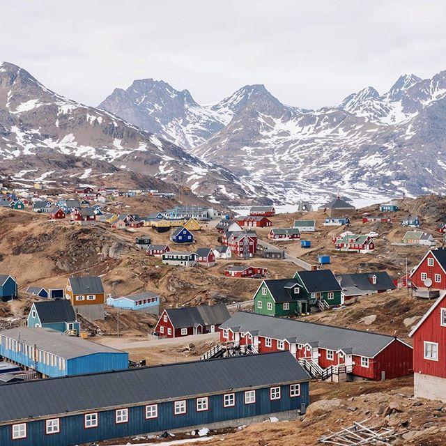 Greenland 😍 Photo by @flpvsky unsplash.com/filipovsky