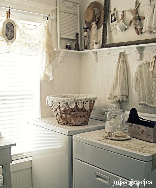 miss gracie's house, laundryDecor Ideas, Shabby Chic, Vintage Laundry, Gracie'S House, Room Ideas, Laundry Rooms, Laundry Baskets, Shabbychic, Laundryroom