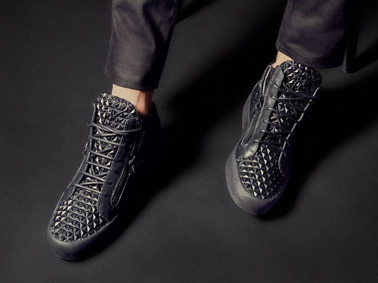 Brand NEW 3D pattern. THE MANHATTAN mid-top for him. #GZFW17 #GiuseppeZanotti