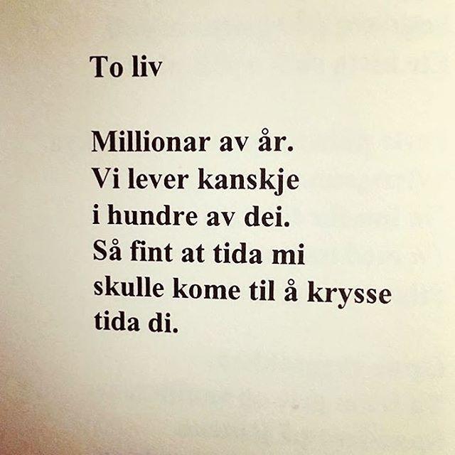 Et fint lite dikt på tampen av en massiv uke. God fredag! Av Knut A. Johnson. #knutajohnson #poesi #dikt #lyrikk #renpoesi regram: @maria_k_g