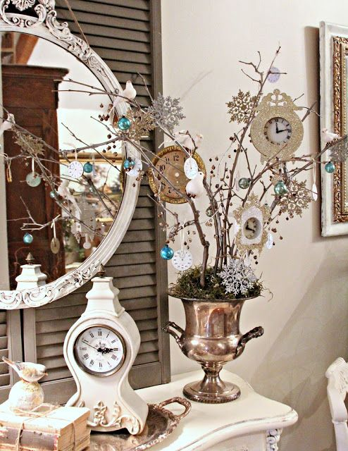Love this idea for a New Year's Tree with clocks & snowflakes.