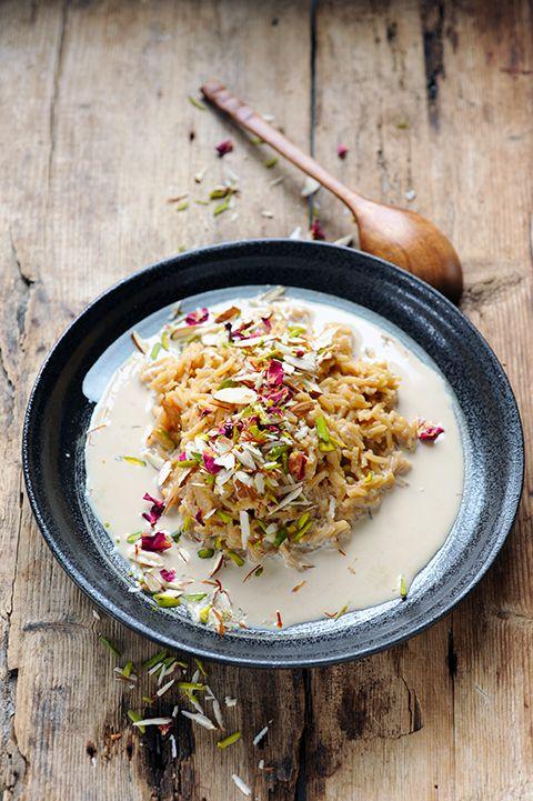 Dorian cuisine.com Mais pourquoi est-ce que je vous raconte ça... : La cuisine indienne c'est simple... enfin ça peut l'être! Riz au lait parfumé à la mode Bollywood Kitchen!