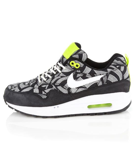 I'm sorry for next nikes but as you can tell I love them!!!! :D I know that I'm crazy a little bit :D