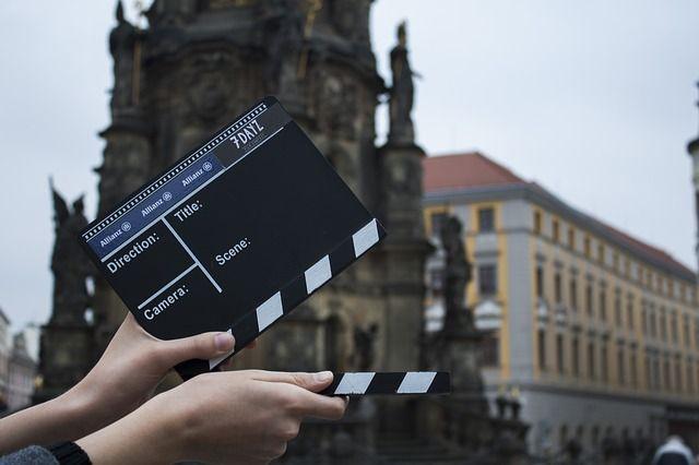 Descubre 5 películas de amores multiculturales. Antes del amanecer, Mi gran boda Griega, Sólo un beso, etc.