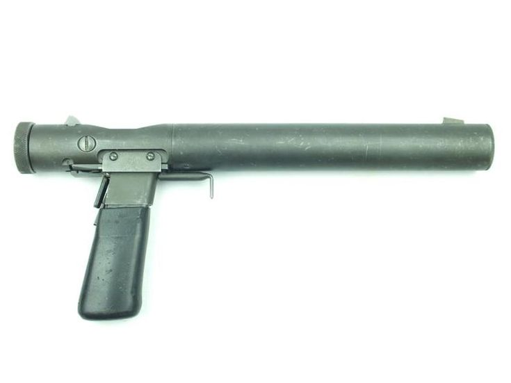 rare SOE Welrod .32 ACP pistol, 4inch sighted barrel stamped with manually operated rotating bolt mechanism and grip-safety, serial no. 1468, combination rubberized grip and magazine, complete with certificate dated 10.03.2015.