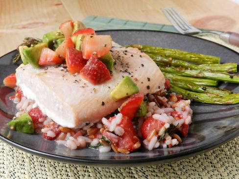 Baked Salmon with a Stawberry-Basil Rice Pilaf and Strawberry-Avocado Salsa!