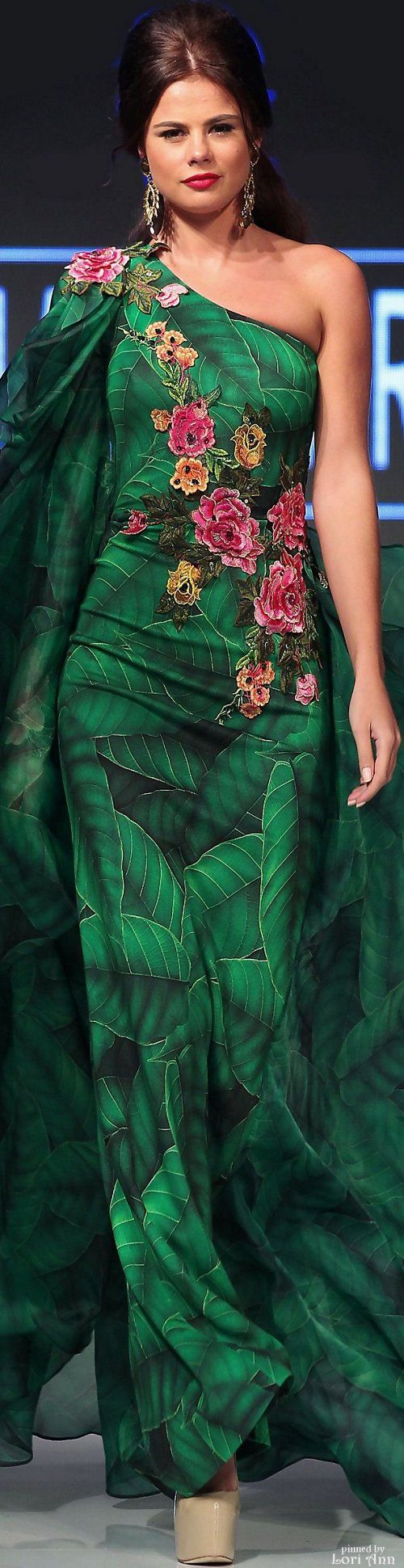Fouad Sarkis Spring 2016 RTW etsy.com/your/shops/SowingAcorns St. Patricks day silk scarves, handmade, every fashionista owns one. Great accessory for any outfit in your womens closet or board. Custom orders available green, pink, blue, yellow, orange, purple, gray and black.