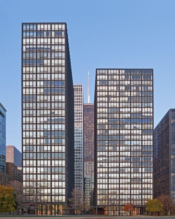 Ludwig Mies van der Rohe (1886-1969)   860–880 Lake Shore Drive   Chicago   1949-1951   Restoration: Krueck & Sexton 2009
