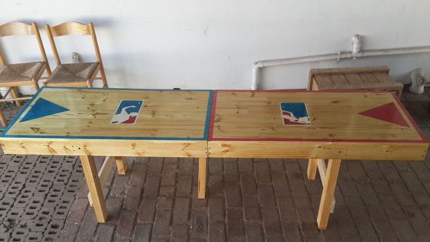Portable beer pong table - DIY Instructions included