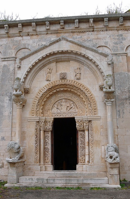 Chiesa San Leonardo di Siponto, Manfredonia, Puglia