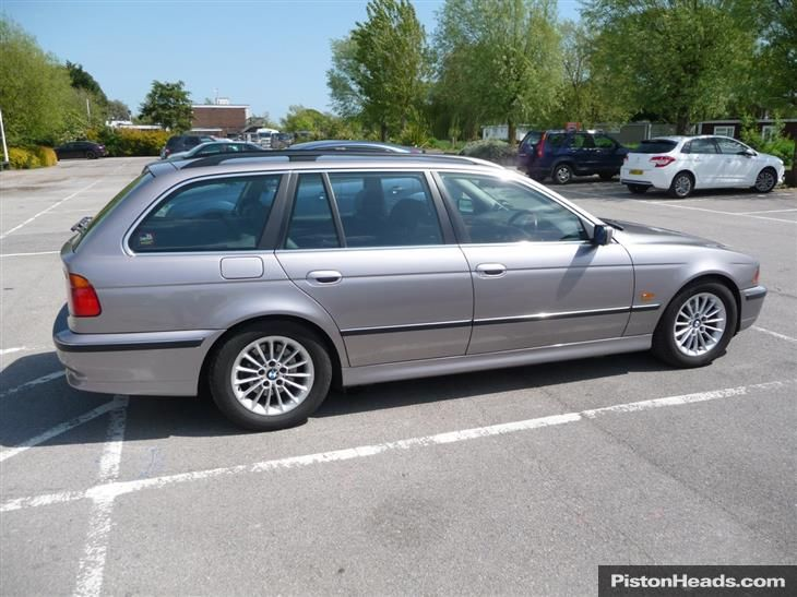 Bmw 530D Touring 2002  Automobili Image Idea