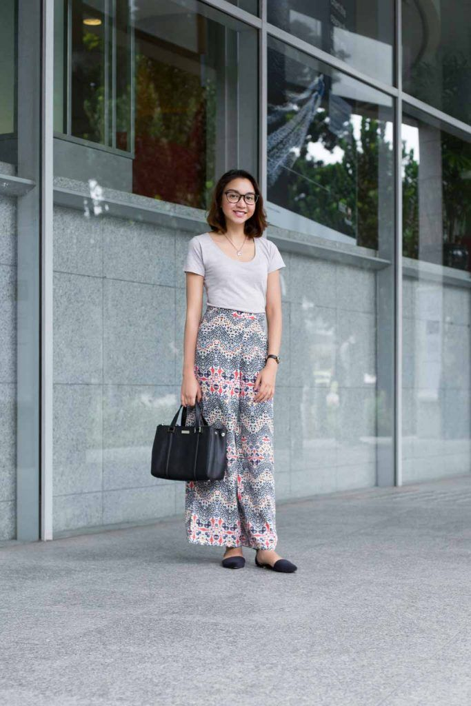 SHENTONISTA: First Lady. Ruzana, Intern. Top from Cotton On, Pants from Topshop, Shoes from Zalora, Bag from Kate Spade, Watch from Marc Jacobs. #shentonista #theuniform #singapore #fashion #streetystyle #style #ootd #sgootd #ootdsg #wiwt #popular #people #male #female #womenswear #menswear #sgstyle #cbd #CottonOn #KateSpade #MarcJacobs #Topshop #Zalora