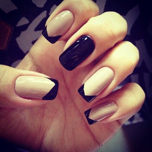 Black and Nude #lacquer #lacquerous #nails #beauty #fashion