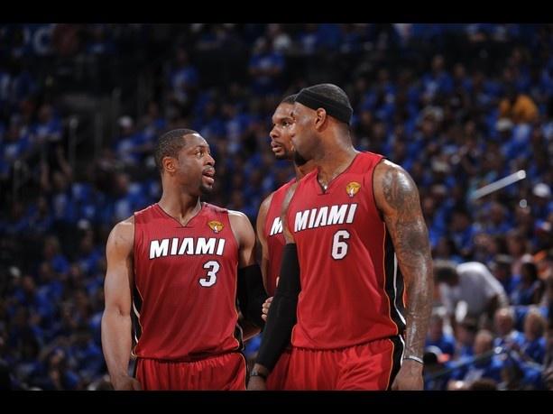 Dwyane Wade #3 speaks to Chris Bosh #1 and LeBron James #6Oklahoma City Thunder, Bosh Memes, Funny Humor, Chris Bosh, Dwyane Wade, Memes Funny, Lebron James, Oklahoma Cities Thunder, Miami Heat