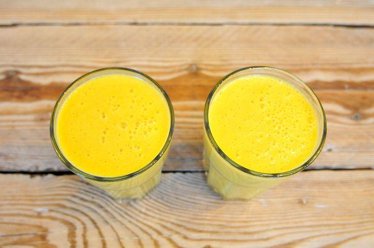 Havermout smoothy met sinaasappel en ananas