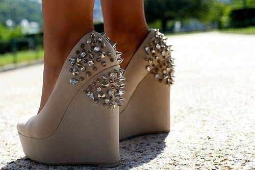 stud wedges.: In Love, Fashion, Nudes Wedges, Style, Awesome Shoes, Shoes Heels Wedges, Cool Shoes, Studs Wedges Obsession, Spikes Wedges