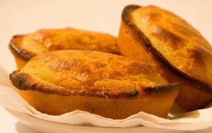 Pasticciotto leccese - Il pasticciotto è un goloso dolcetto tradizionale che arriva dal Salento, si tratta di uno scrigno di pasta frolla riempito di crema pasticcera, che potrete preparare seguendo questa ricetta