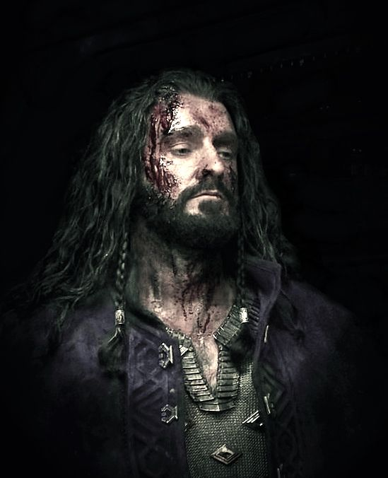 Battle-weary Thorin (notice he is wearing Mithril.) Why did he have to give the Mithril to Bilbo. He could've waited.