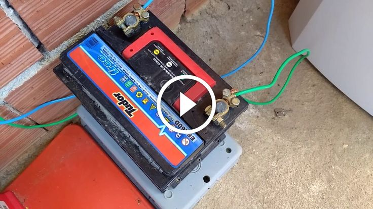 Sistema de iluminação com energia solar, Atualizado.                                           O  sistema foi montado com um painel de 50 watts,um controlador de de 10 amperes,uma bateria de 40 amperes e 7 lampadas 12 volts. Maiores informações  WhatsApp 027 981288384 source                                    construindo painel fotovoltaico, construindo painel solar, construindo painel solar caseiro dicas células fotovoltaicas, construindo painel solar fotovoltaico