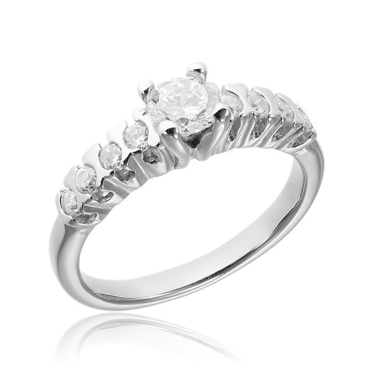 Inel de logodna argint Solitar cu cristale mici laterale Cod TRSR018 Check more at https://www.corelle.ro/produse/bijuterii/inele-argint/inele-de-logodna-argint/inel-de-logodna-argint-solitar-cu-cristale-mici-laterale-cod-trsr018/