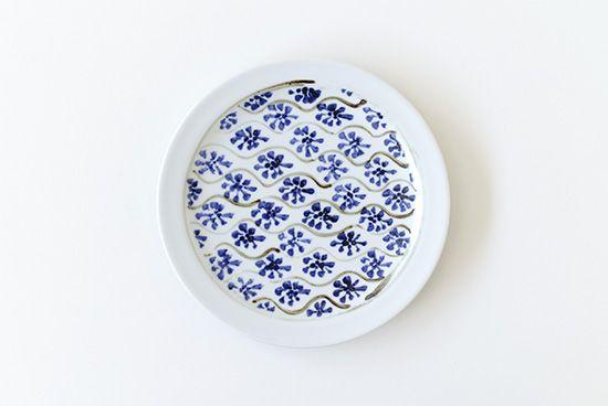 瀬戸焼/藍色花模様/直径約17cm/plate
