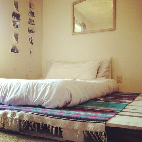 Bed Pallets Ideas: 25+ Best Ideas About Pallet Platform Bed On Pinterest