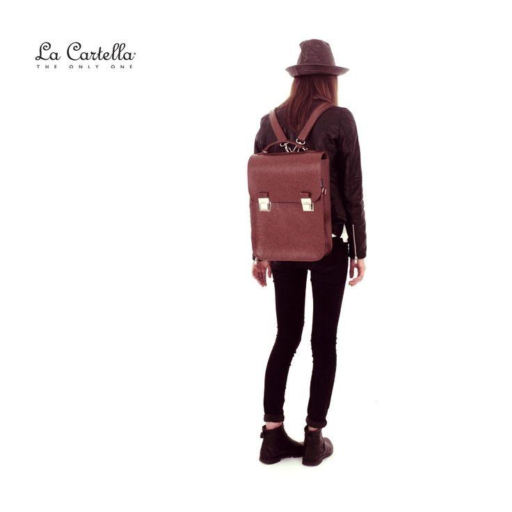 Up Deluxe Vintage Brown #lacartella #knob_design