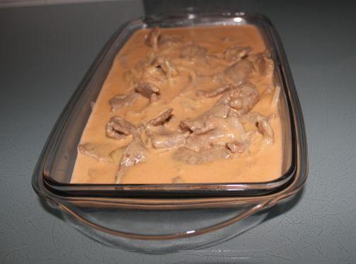 Una deliciosa receta de Ternera en salsa strogonoff (variante) para #Mycook http://www.mycook.es/receta/ternera-en-salsa-strogonoff-variante/