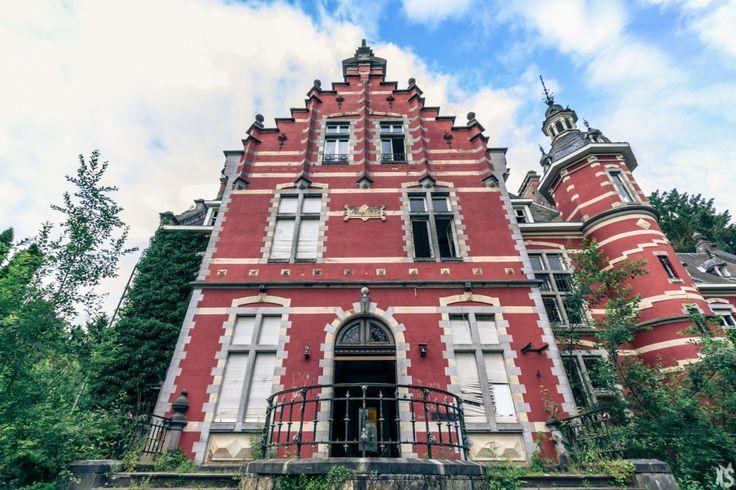 Danny Rolling Castle - Abandoned Castle - Urbex Belgium