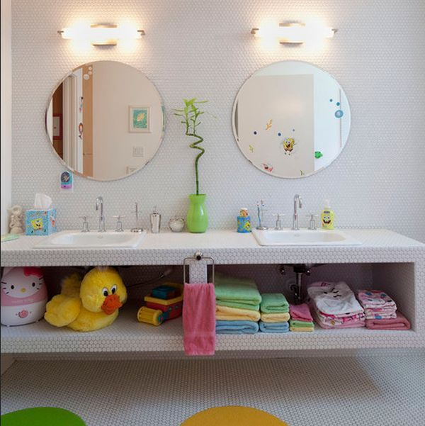 Amusing accessories turn this otherwise modern bathroom into a fun place for kids