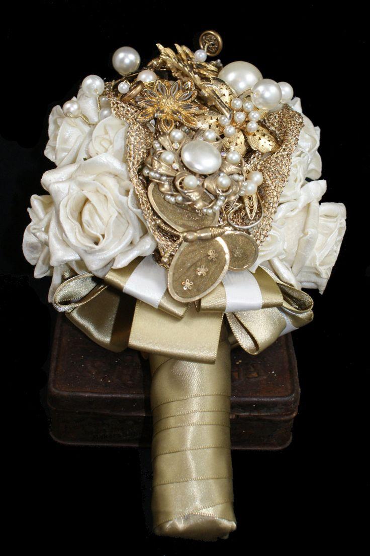 Wedding accessories pearls flowers pearls - Bride Vintage Brooch Bouquet Gold Bouquet Bespoke Wedding Flowers Pearl Bouquet
