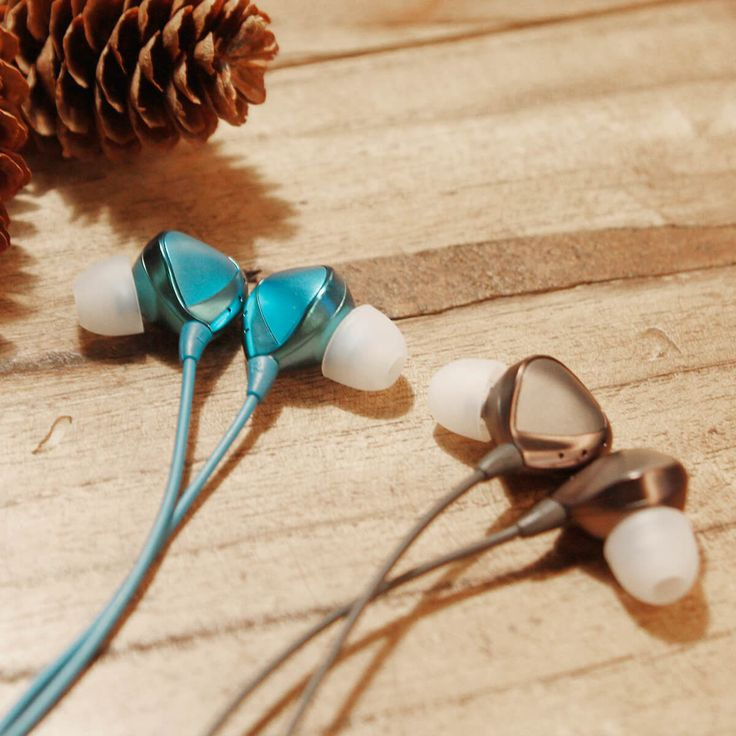 Military Grade Noise Cancelling Earbuds  This in-ear headphones use military grade active noise cancelling technology. Providing an unparalleled listening experience.  #airforce #earbuds #earphone #NoiseCancelling