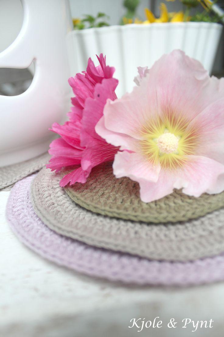 seidenfeins Blog vom schönen Landleben: Häkeluntersetzer DIY (simpel) * chrochet coasters simple DIY *
