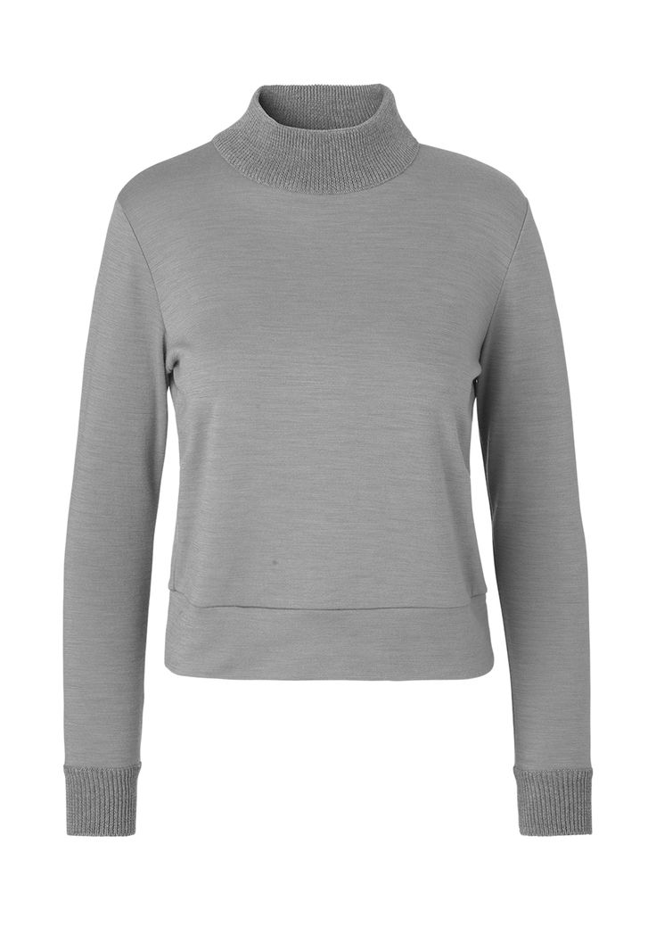 Sweater with knitted details. mo. 1022 darfo