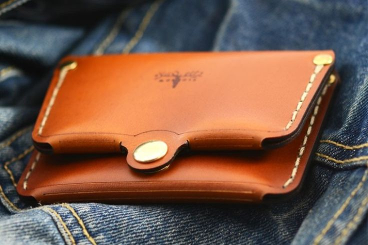 Hand made American Leather Fold Wallet