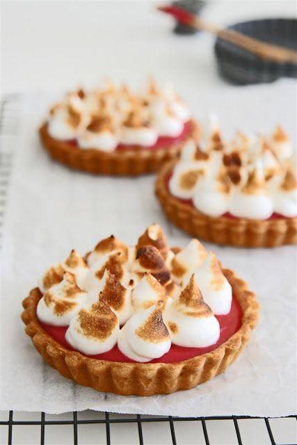 raspberry meringue tarts