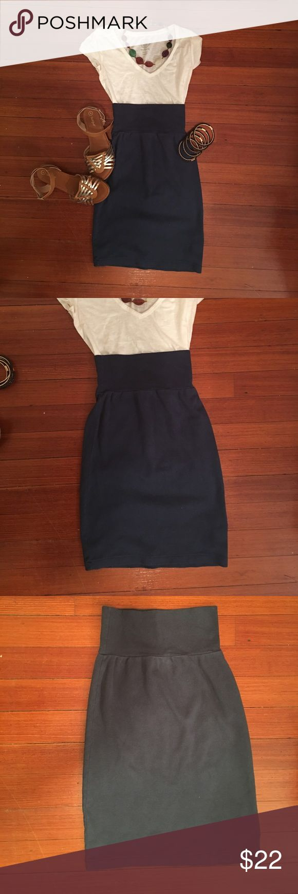 American Apparel XS Classic Girl Pencil Skirt XS Cotton Classic Girl Pencil Skirt from American Apparel in a medium Blue color. Extremely comfortable, great all season- flip flops, heels, knee high boots with or w/o tights. Does not have to be worn high wasted. American Apparel Skirts
