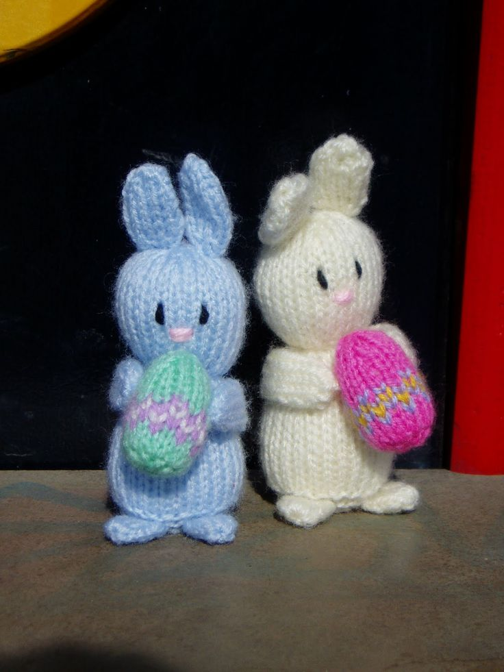 132 best diy knit easter images on pinterest knit stitches free knit easter bunny free pattern pdf click download now in blue letters http negle Gallery