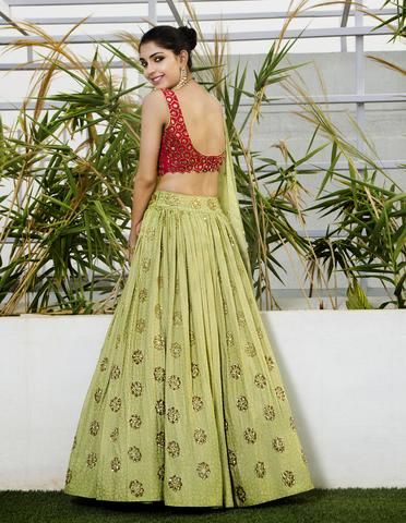 Red & Green Lehenga Set - waliajoness - 1New designer Mishru now on www.waliajones.com! #waliajones #bridal #hinduwedding #weddinginspiration #asianwedding #pakistaniwedding #fashion #weddings #bridalwear #lehenga #punjabiwedding #pakistanifashion #sikhwedding #punjabi #elegant #lengha #weddingseason #indianbride #indian #mishru #mishrudesigner