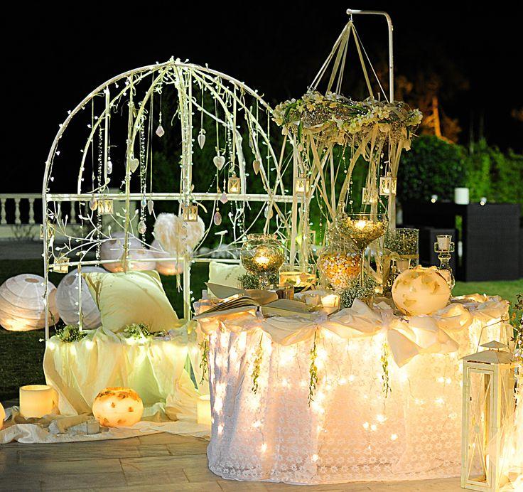 well come entrance in gold and white theme decor at Golf Glyfadas by Anna Remoudaki & Konstantina Grigoriou.