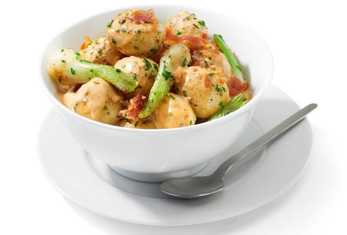 Prepara una deliciosa Ensalada de papas y cebollas cambray con nuestra receta Philadelphia que tenemos para tí. ¡Tus platillos de ricos a deliciosos!