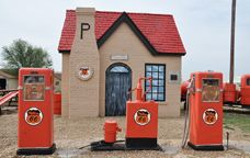 The McLean Phillips 66 station was built in 1928 and was restored in 1992. It was the first Phillips 66 station built in Texas and is a famous Route 66 landmark.