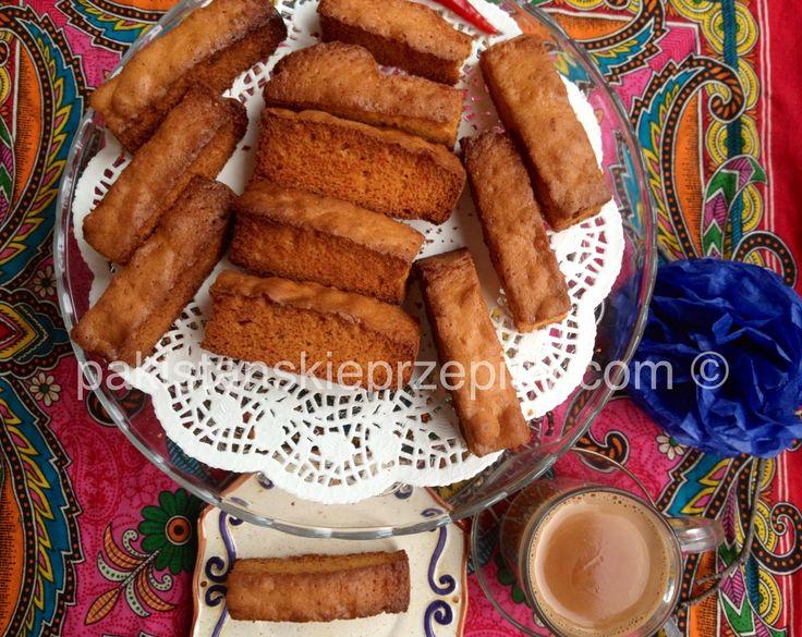 Cake Rusk -pyszne, maslane i chrupkie sucharki. Wyśmienicie smakują z pakistanska herbata chai, kawa czy mlekiem. Polecam