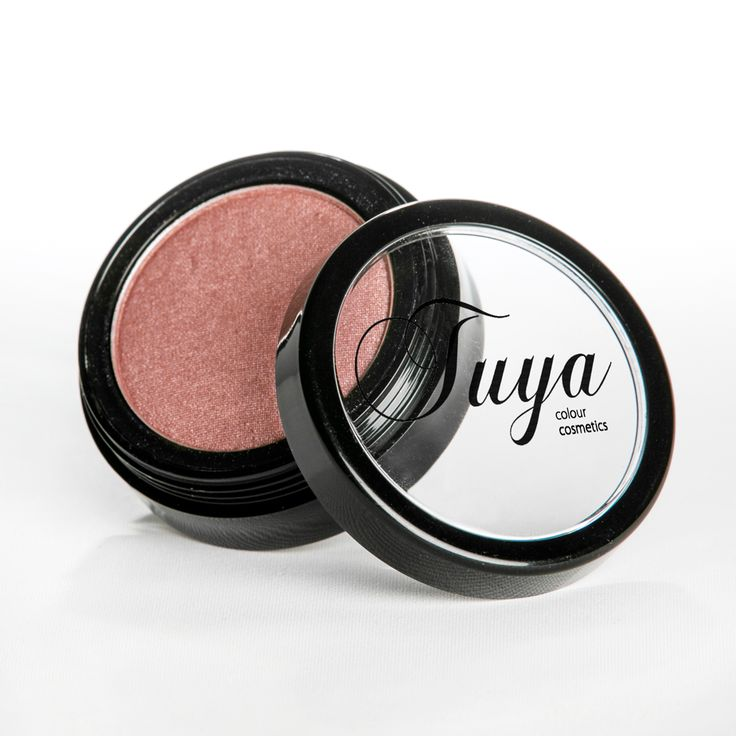 Tuya Cosmetics blushers are made with all natural 100% triple milled, plant derived mineral with light reflecting and diffusing properties. With intense and concentrated pigments and a feather light texture, our blushers have excellent blendability, allowing you to achieve special effects, facial shape correction and natural cheek definition with ease!